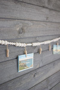 Set of 4 Wooden Garland With Clothes Pins
