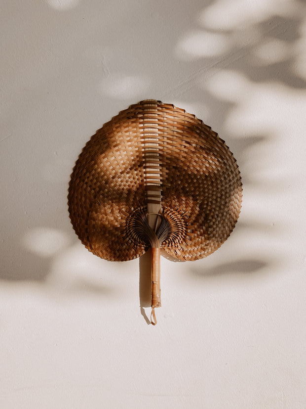 Woven Paradisio Fan in Amber 1
