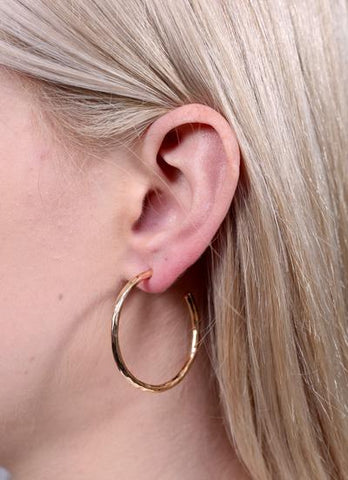 Weber Medium Hammered Gold Hoop