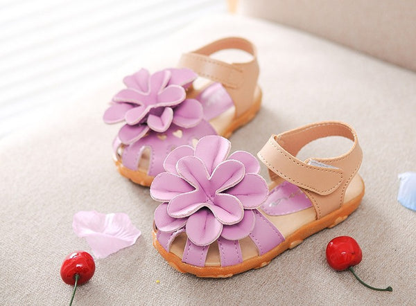 2015 Children Shoes Summer PU Leather Flower Children Sandals Sneakers First Walkers  Girls