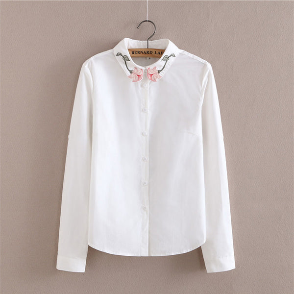 2017 new women floral embroidery white blouse long sleeve loose shirts turn down collar fashion simple casual tops blusas cs427