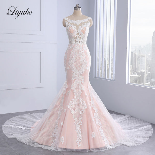 Elegant Sleeveless O-Neck Mermaid Wedding Dress Unique Appliques Lace Court Train With Button