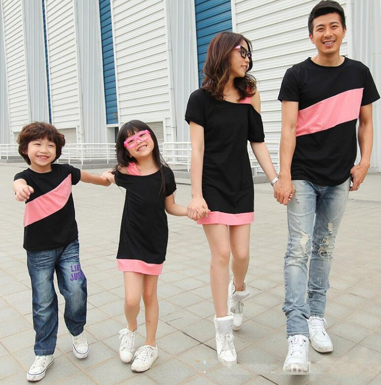 d12e3099fb40d Family Clothing Set Mother Daughter Dresses Summer Family Matching Outfits  T-shirt For Father Son Family Clothes Black Gray Red