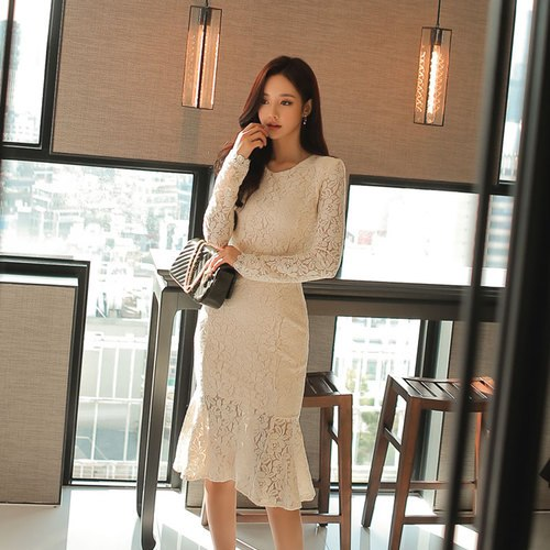 H Han Queen Autumn Dress Women 2018 Sexy Lace Mermaid Bodycon Dresses  Hollow Out Fashion Fitted 9fb0fb38b260