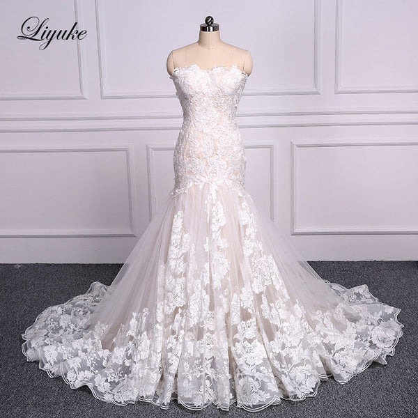 Liyuke Elegant Sweetheart Embroidery Appliques Lace Mermaid Wedding Dress Count Train Lace Up