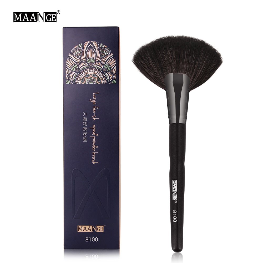 MAANGE 1Pcs Professional Powder Makeup Brush Cosmetics Large Fan Brush Contour Blush Sculpting Make