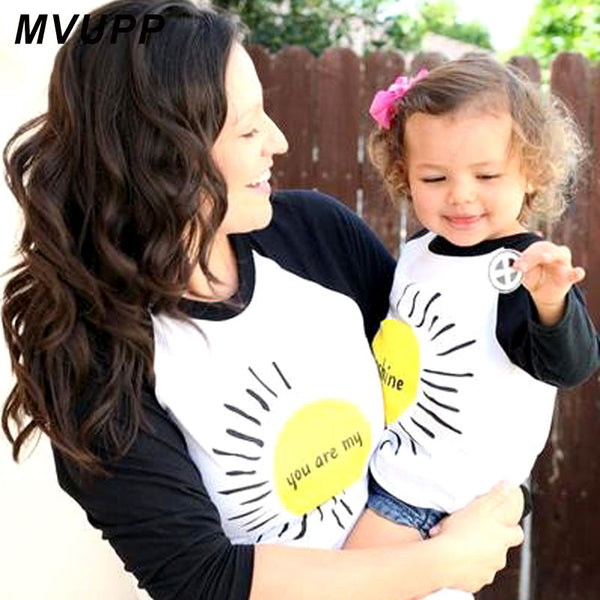 MVUPP family matching outfits mom and baby tops tee patchwork Cotton round neck summer top You are my sunshine funny t shirts
