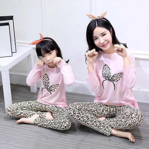 Mother Daughter Pajamas Mum Mother and Daughter Matching Clothes Baby Pajamas Kids Animal Girls Sleepwear Spring Night Suit Cute
