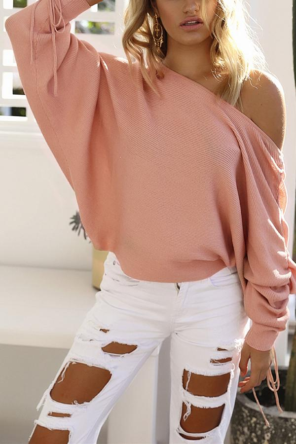 A Casual Open-Shoulder Pit Sweaters