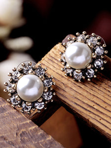 Faux Pearl Rhinestone Stud Earrings