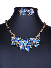 Floral Shape Earrings And Necklace Set