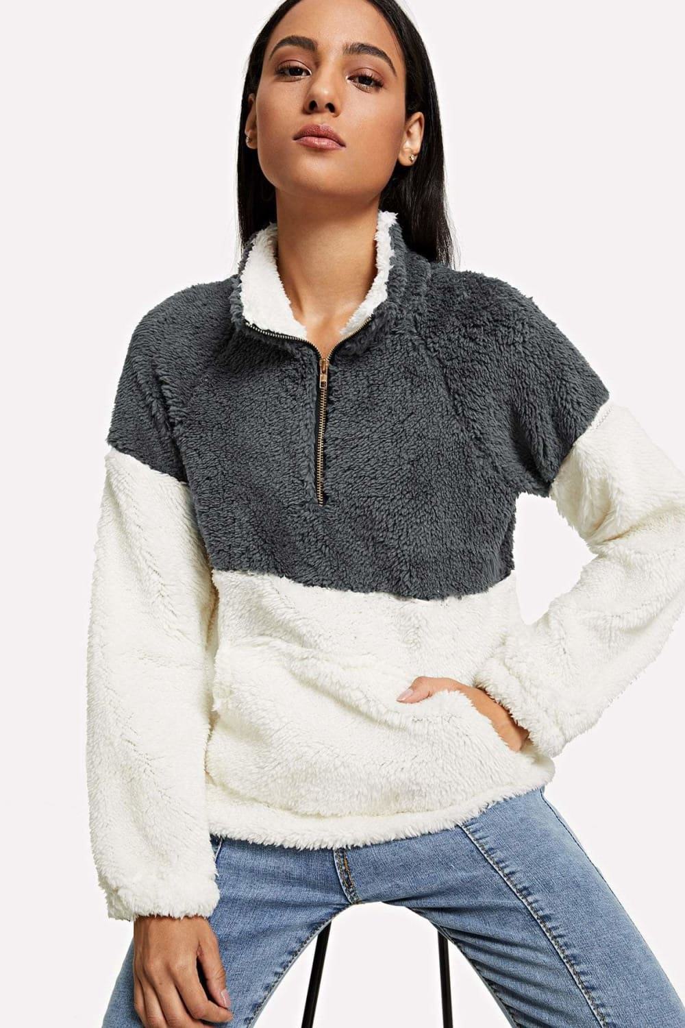 Heidi Colorblock Teddy Sweatshirt in Grey/Cream - Outerwear - Evan & Jane