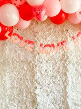 Love Ombre Garland