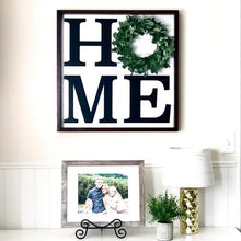 HOME BOARD WITH WREATH