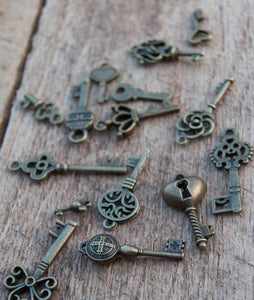 Keys for Cards or pages or to dangle