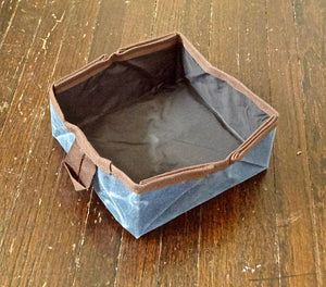 Collapsible Dog Bowl (Blue) - Cedar Waxcraft