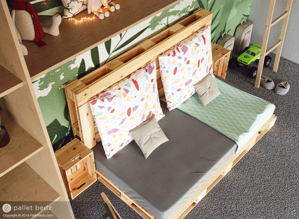 Pallet Bed Daybed Version by Pallet Bedz Co.