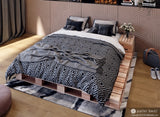 Queen Size Pallet Bed with Male Decor