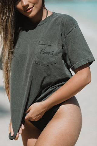Hawaii Pocket Tee in Vintage Black