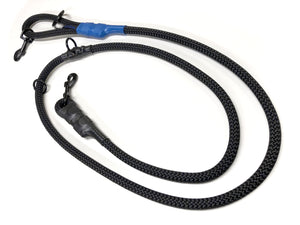 "our six foot patrol lead is a heavy duty versatile dog leash used as a six foot, four foot, and over the shoulder ""jaeger leash"" system made from heavy duty mill spec rope and 500 pound rated trigger snap"