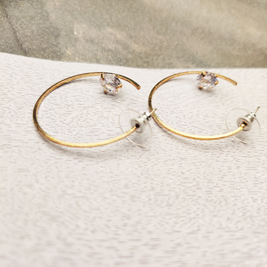 Evogirl Earrings Classic Hoop Earrings  Stylish Diamond Super Gold Fashion Jewellery Partywear Golden ,Med, For Women/Girls  /rb2258