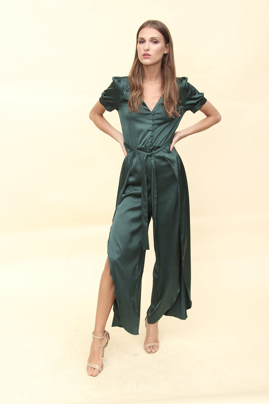 Aroma Couture Ropa Satin palazzo with buttons.