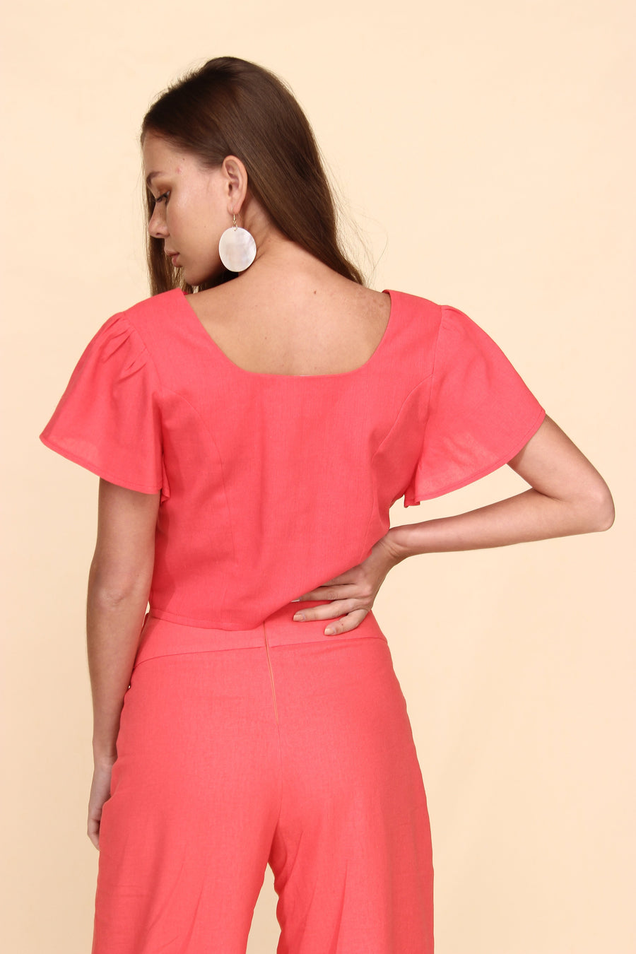 H Apparel Ropa S / Coral Blusa crop top de lino