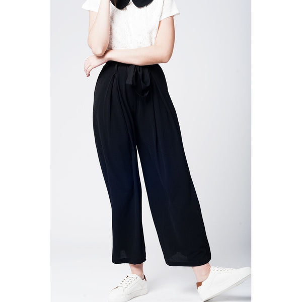 Black wide pant with tweezers belt