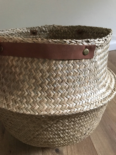 Medium Seagrass Basket with Faux Leather Handles