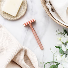 Safety Razor Rose Gold - Ever Eco (Includes 10 Blades)
