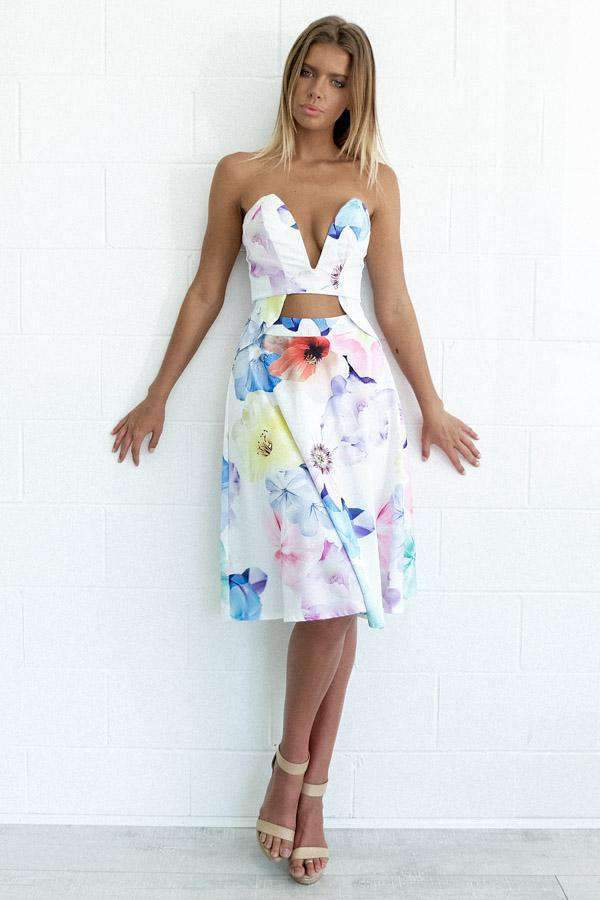 Spotlight On Me Top-MISHKAH women's online fashion boutique birthday dresses spring dresses white dress white dress jumpsuits long dresses online boutiques spring dresses boutique clothing little white dress online clothing boutiques clothing stores online boutiques online teen dresses all white dresses birthday dresses dress shops dress websites cute tops rompers and jumpsuits vegas dresses cute maxi dresses white summer dress white maxi dresses white club dresses women clothing websites dress