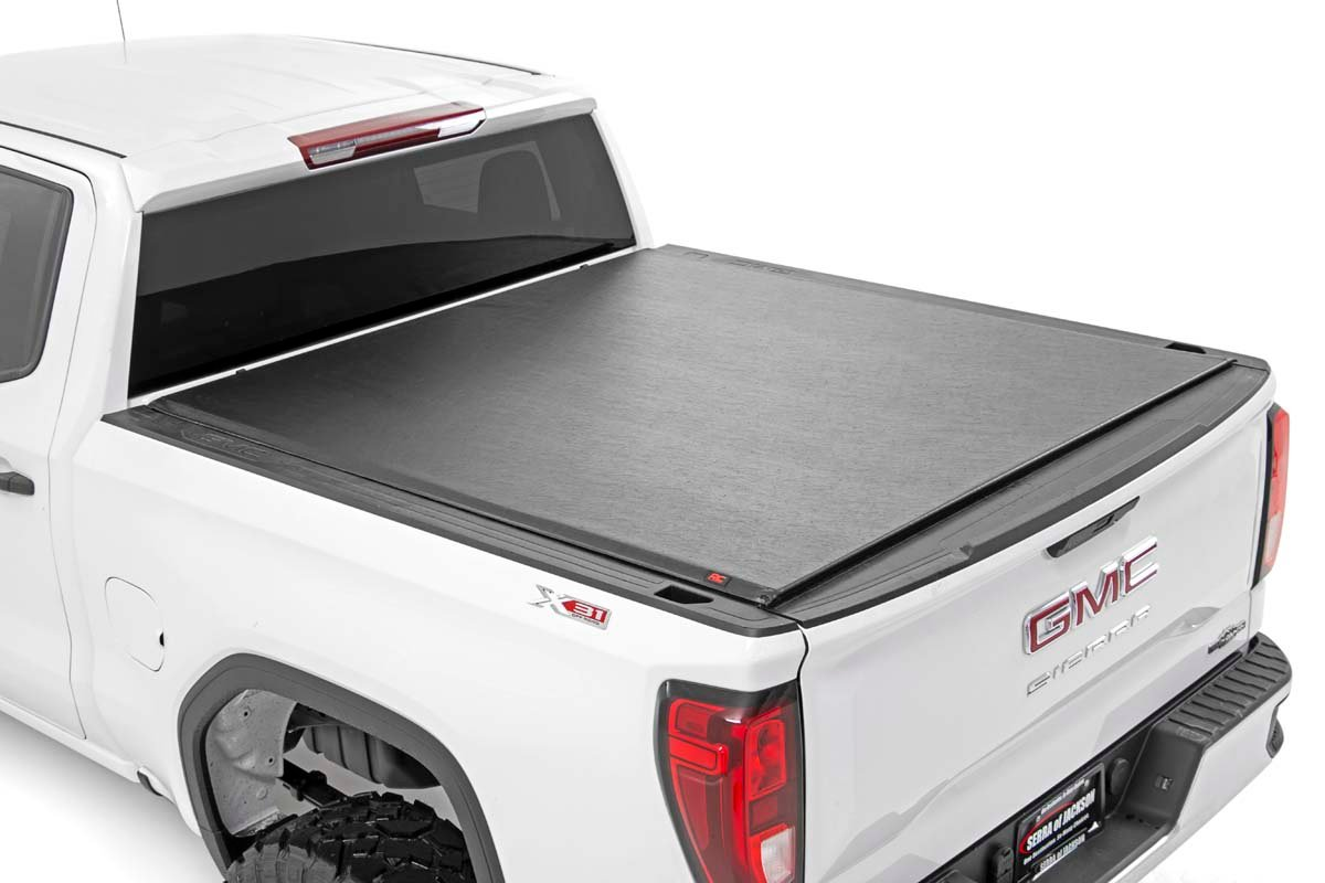 "GM Soft Roll-Up Bed Cover (14-18 Silverado/Sierra 1500 - 5' 8"" Bed)"