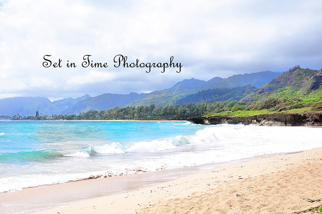 Oahu Ocean With Rainforest Mountains