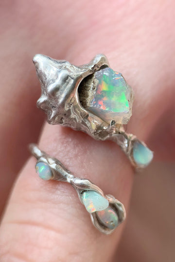 Queen Conch Geode Ring