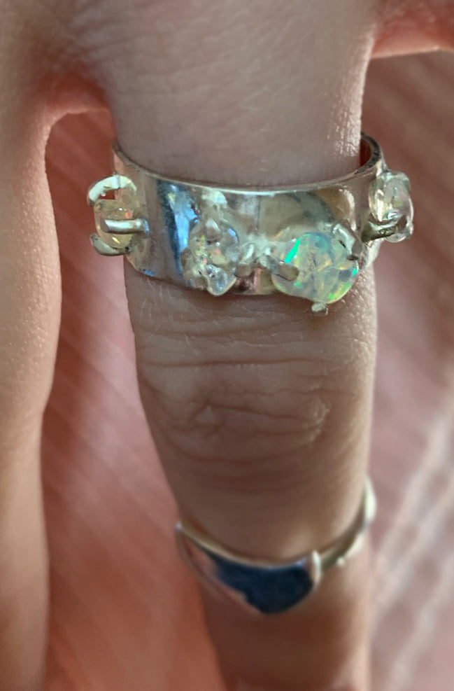Opalized Band