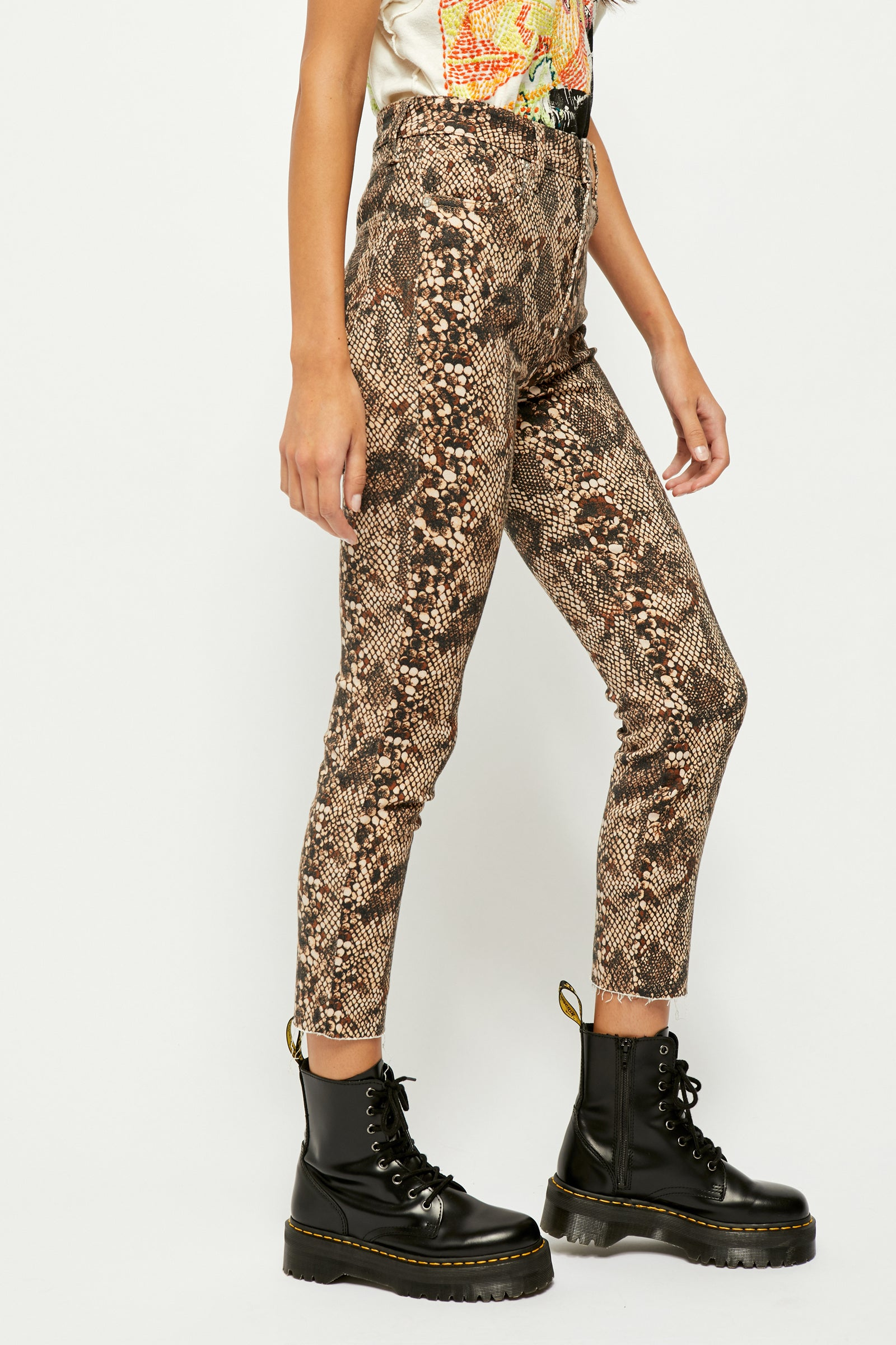 Snakeskin High Rise Jegging