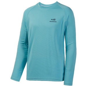 Bassdash fishing shirt with mesh ventilation on the side of body and on arm sleeves.