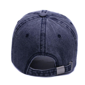 Anchor cap in navy blue.