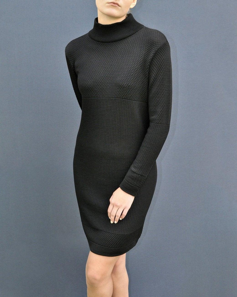 Fiord Seed Dress - Black
