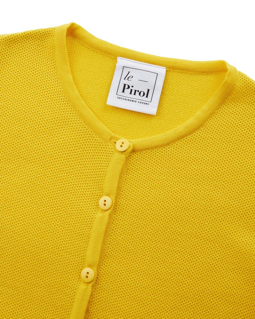 Le Pirol, lepirol, organic, organic wool, wool, organicwool, cardigan, mede in Denmark, madeindenmark, knitwear, bæredygtig, sustainable, GOTS, GOTScertified, GOTS certified, ecofriendly, buylesschoosewell, fashion