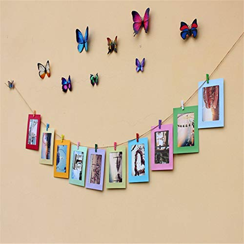 Hanging pic frames with wooden clips