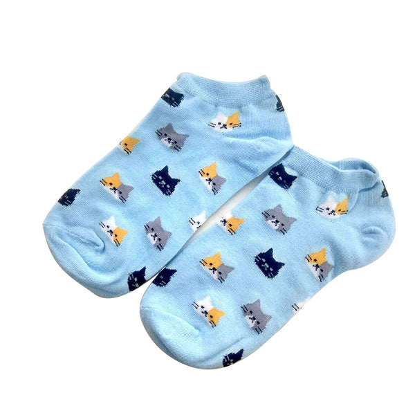 Cute cat face blue printed ankle socks for women