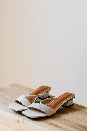 Load image into Gallery viewer, Odette Slant Heels in Linen Cream