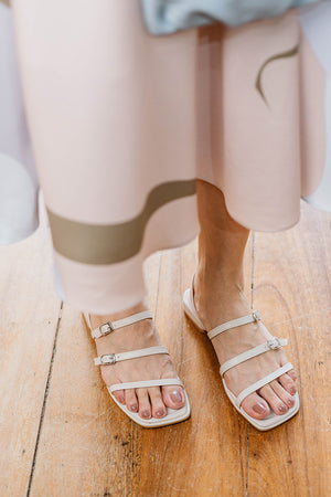 Load image into Gallery viewer, Faye Sandals in Cream