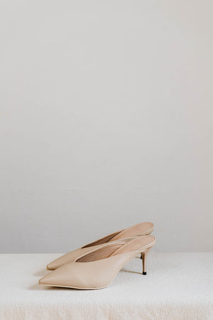 Load image into Gallery viewer, Inez Heels in Cream