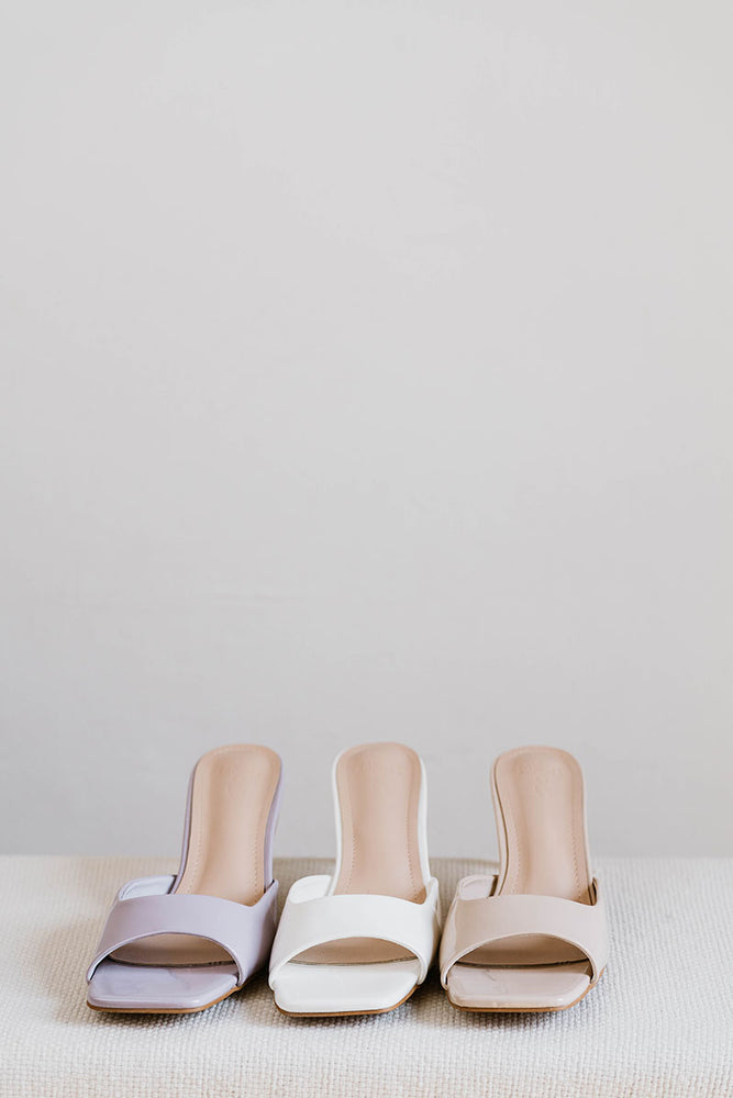 Load image into Gallery viewer, Sybil Heels in White