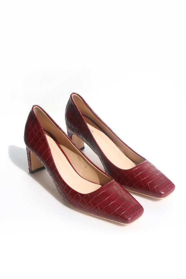 Bobbi Heels in Crocodile Wine
