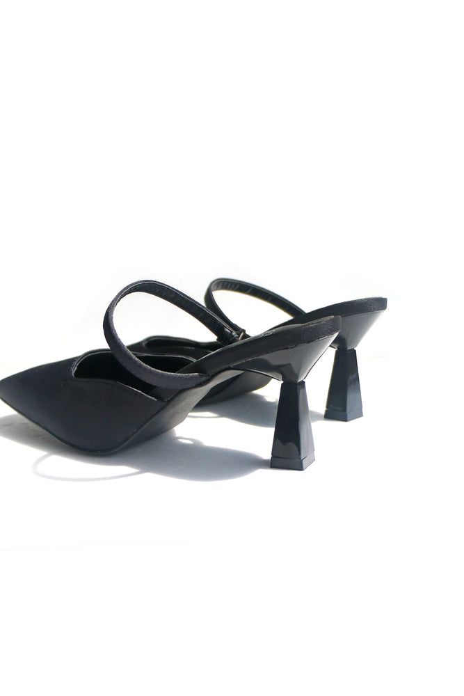 Load image into Gallery viewer, Teagen Heels in Black