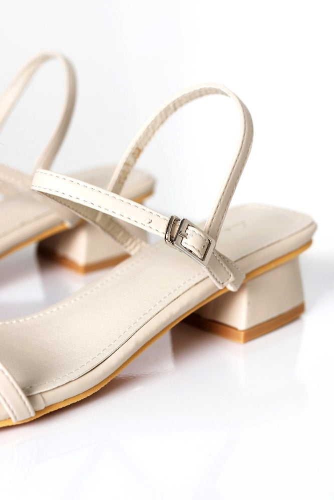 Load image into Gallery viewer, Estee Sandals in Cream
