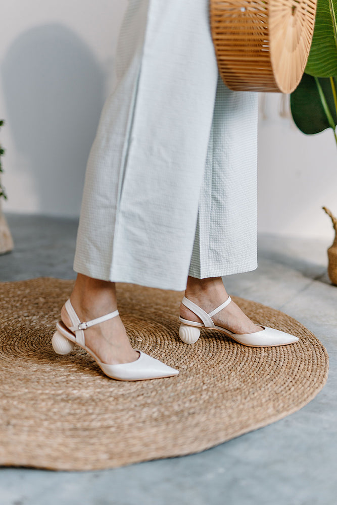 Load image into Gallery viewer, Pippa Heels in Cream